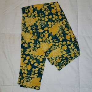 Yellow and green rose leggings - lularoe t&c